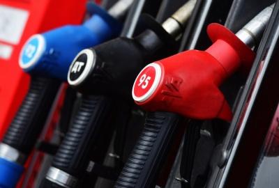 В РФ рекордно снизился спрос на бензин