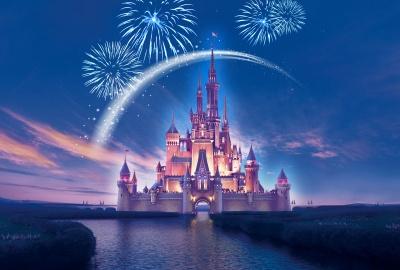 Disney прекращает зарплатные выплаты половине работников