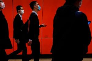 Коронавирус унёс жизни более 1 000 жителей Китая и угрожает экономике страны